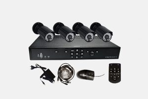Digital Video Rekorder Set UL 804 mit 4 Sharp Infrarot Kameras
